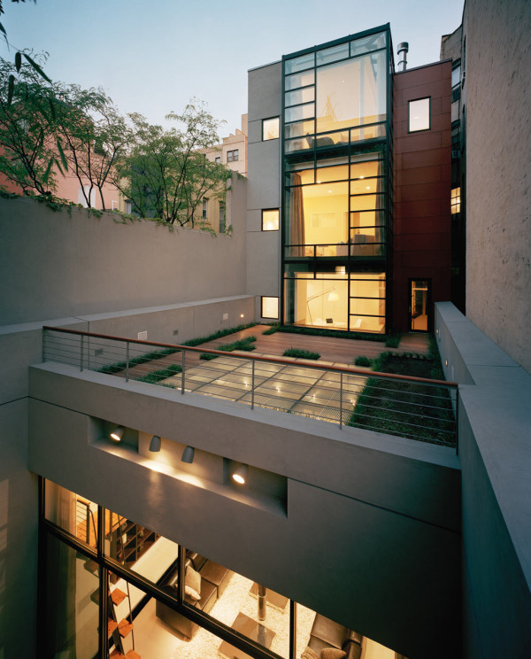 A Parking Garage Becomes a NYC Townhouse with Drama in main architecture  Category