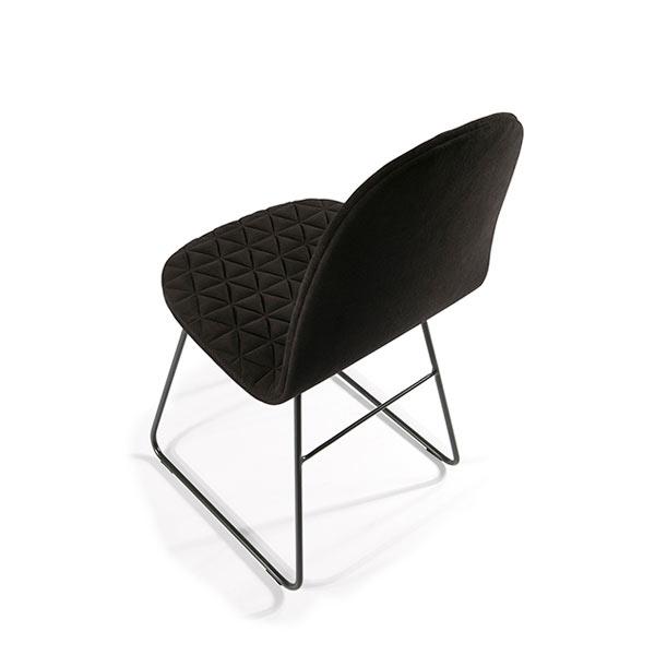 Mannequin-Chair-Iker-Wertel-Oberfell-6-II