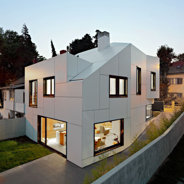 12 Houses with Geometric White Exteriors