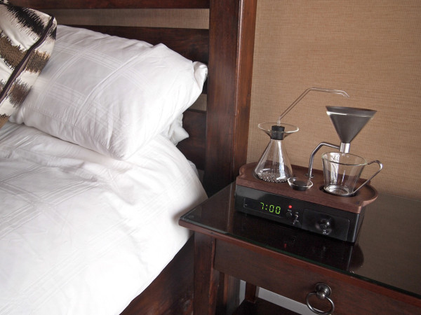 The-Barisieur-coffee-alarm-clock-14