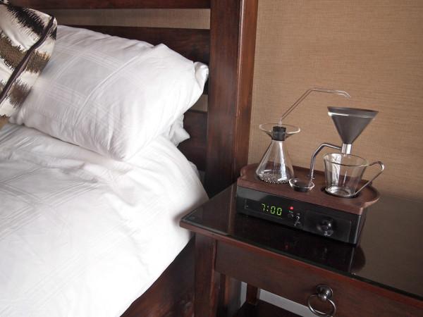 The-Barisieur-coffee-alarm-clock-14