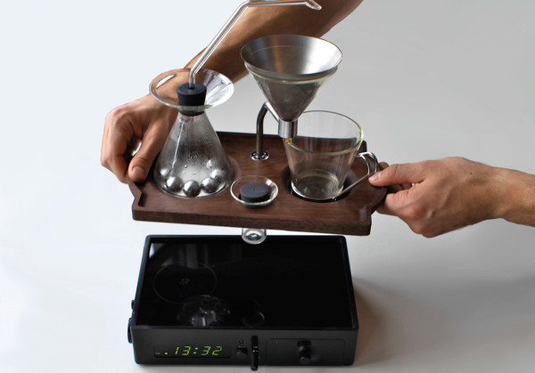 The-Barisieur-coffee-alarm-clock-15