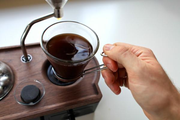 The-Barisieur-coffee-alarm-clock-2