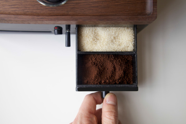 The-Barisieur-coffee-alarm-clock-6