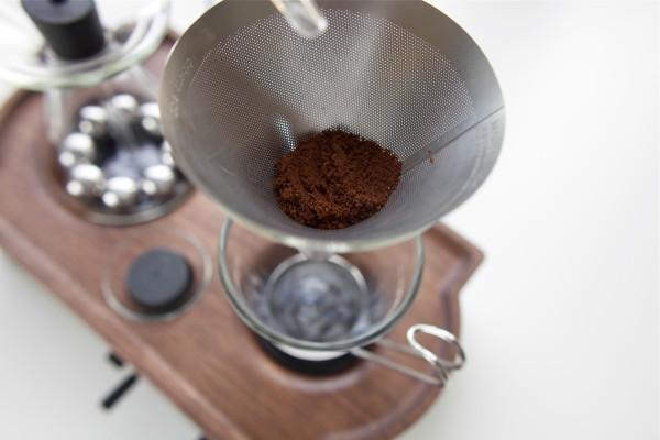 The-Barisieur-coffee-alarm-clock-7