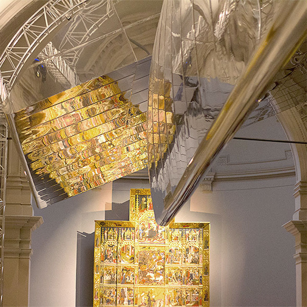 Secrets and Lights at the V&A