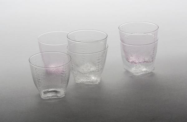 Wrong-for-Hay-18-Tela-Glassware