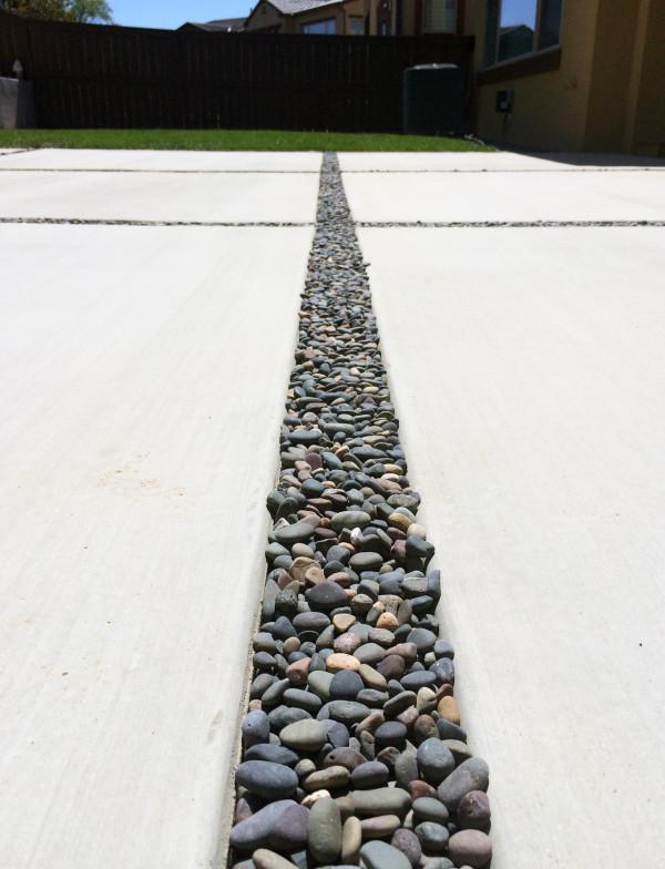 backyard-stones