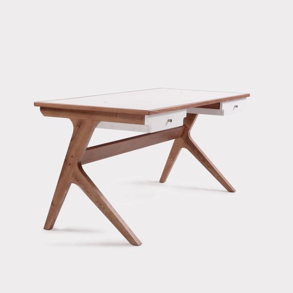 marken-desk
