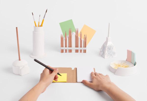 miniature-monuments-desktop-stationery-souvenir