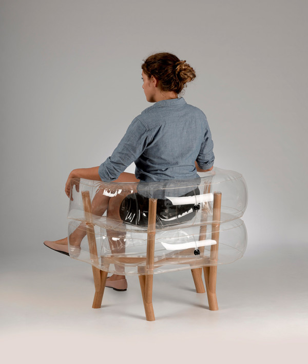 Anda-Inflatable-Chair-Tehila-Guy-3