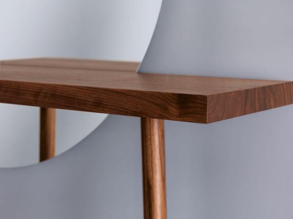 Dressing-Table-Florian-Schmid-3-CARLA