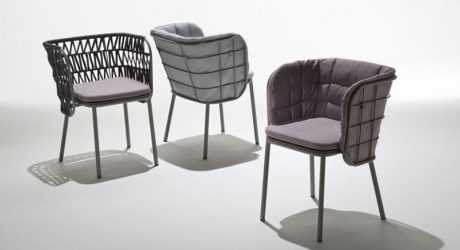 Jujube: Outdoor Seating Inspired by Graphic Design