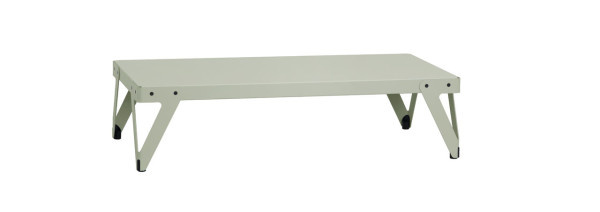 A dutch table goes low design milk for Table 140 x 70