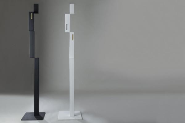 Pixel-Coat-Hanger-Marco-Ripa-3