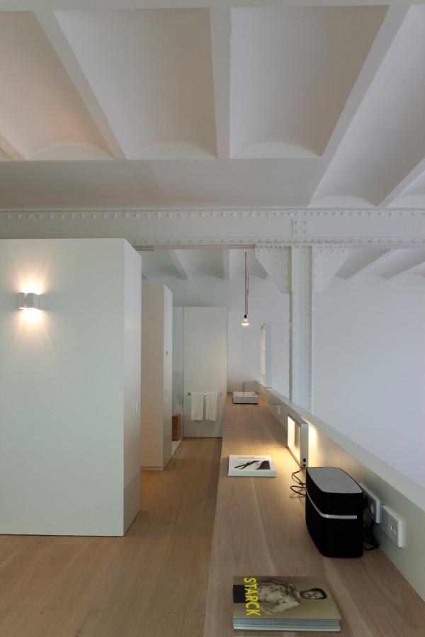 Poblenou-Barcelona-Loft-2-Planell-Hirsch-9