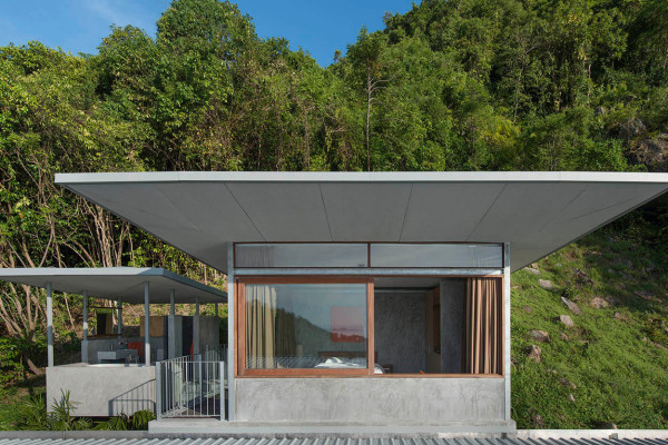 The-Naked-House-Welcome-Beyond-10
