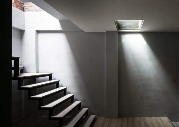 Adventure-of-the-Light-House-Design-8