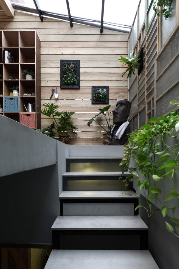 Adventure-of-the-Light-House-Design-9