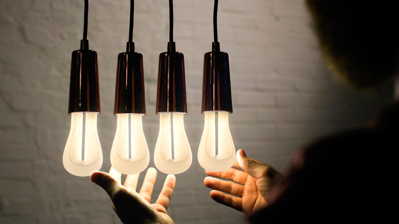 the design process of the plumen 002 bulb design milk. Black Bedroom Furniture Sets. Home Design Ideas