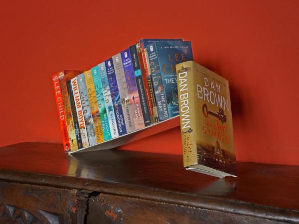 Fiction-Bookstand-Sebastian-Bergne-2