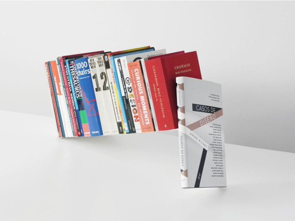 Fiction-Bookstand-Sebastian-Bergne-4
