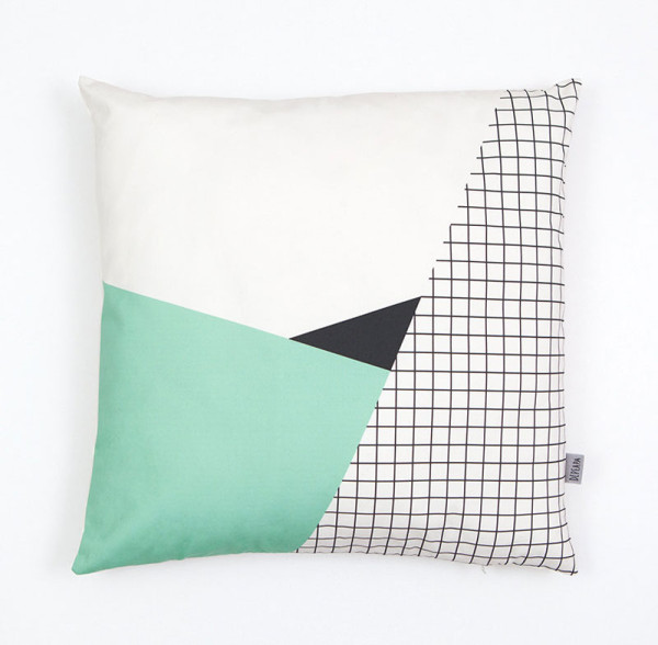 Gift-Guide-Handmade-2-Memphis-II-cushion