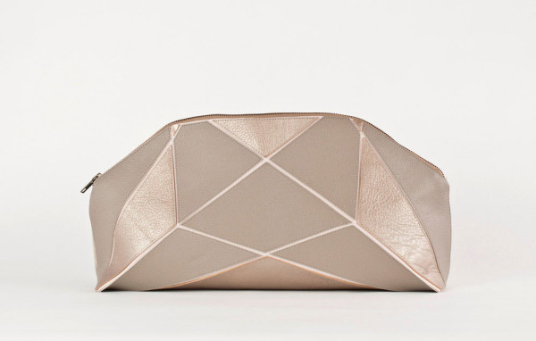 Gift-Guide-Handmade-9-foldable-clutch