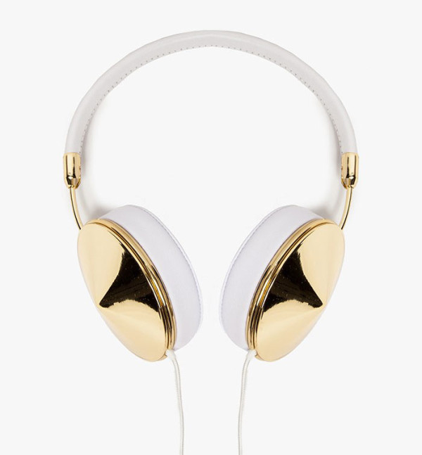 Gift-Guide-Her-4-Frends-Taylor-Headphones