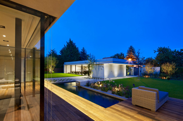 Jestico+Whiles-Smart-Villa-5