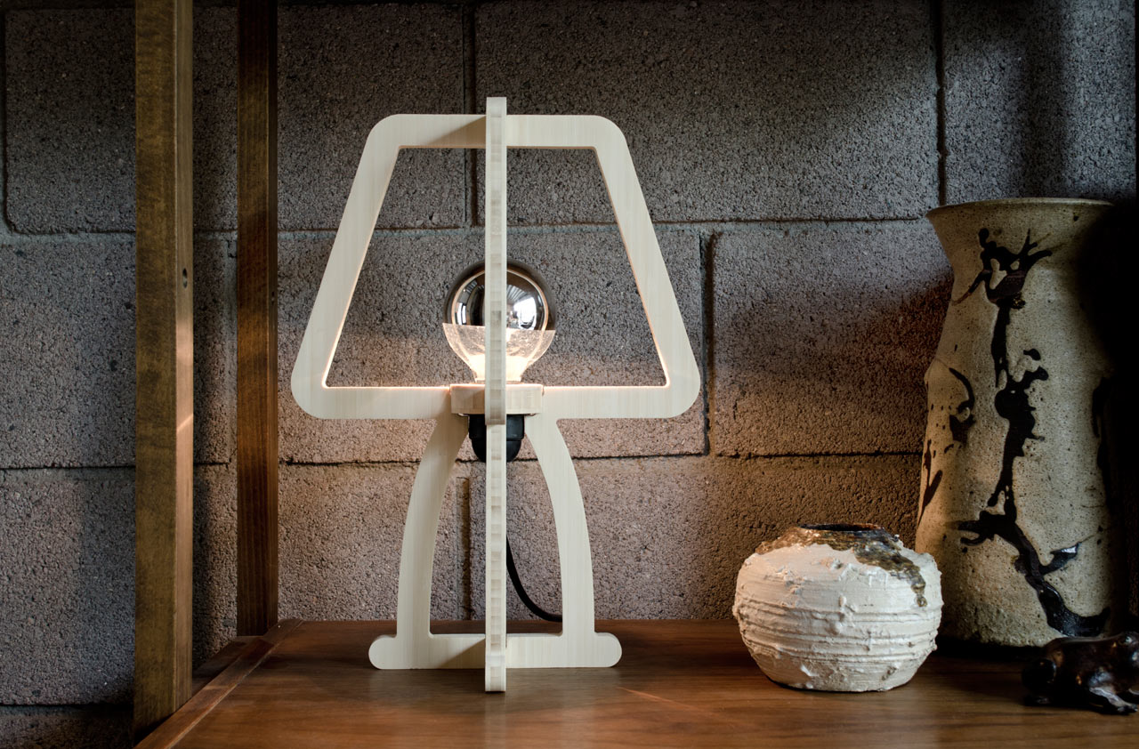 A Lamp Designed to Use as Little Material as Possible
