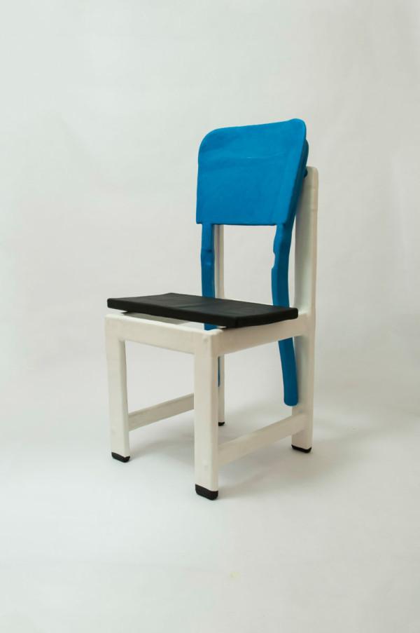 cadeira_branca_1_low