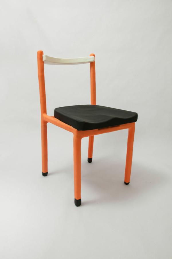 cadeira_laranja_1_low