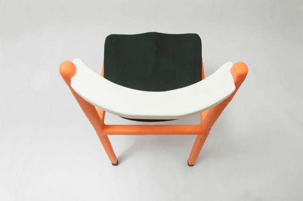 cadeira_laranja_2_low