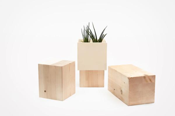duo-ceramic-wood-vase-Alessandro-Di-Prisco-3