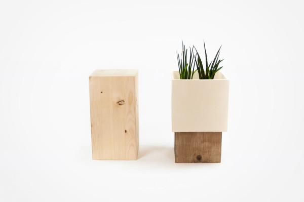 duo-ceramic-wood-vase-Alessandro-Di-Prisco-4