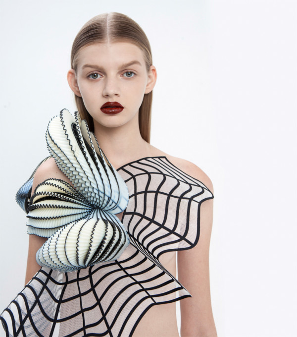 noa raviv graduate collection