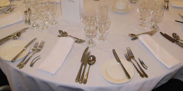 toucanpic-table-setting