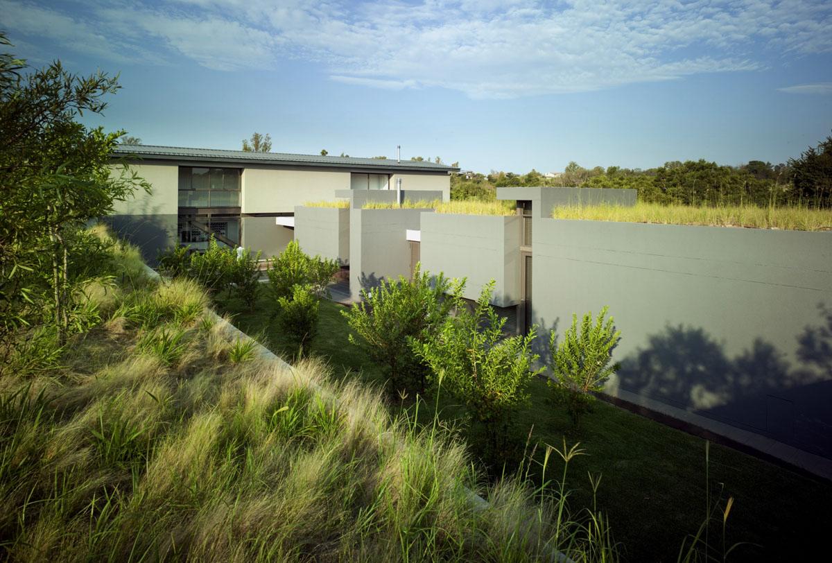 Life at Crocodile River by W design architecture studio