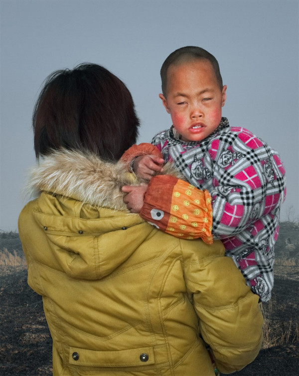 4-EyeTime-Emerging-Talent-Jury-Winner_rongguo-gao_Mother-and-Child