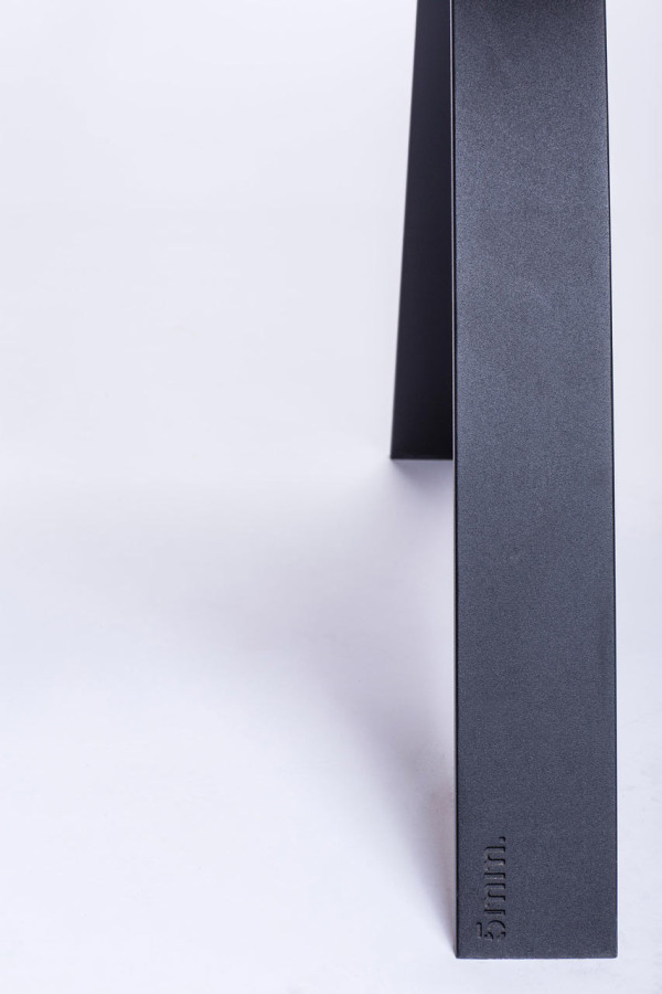 5mm.studio-tables-12-A-table