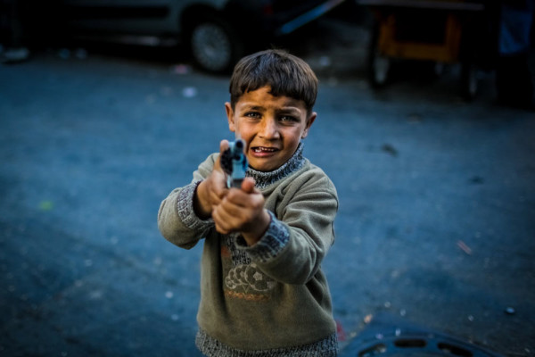 9-EyeTime-Jessica-Lum-Award_Turjoy-Chowdhury_Fleeing-for-Life--Syrian-Refugees-in-Istanbul