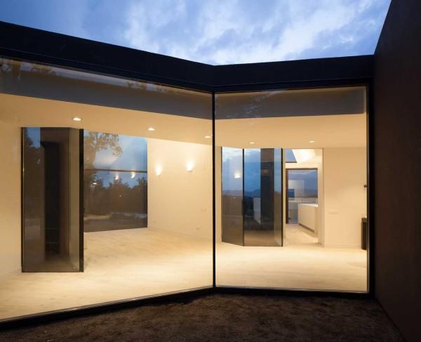 House-Studio-YC-RTA-Office-3a