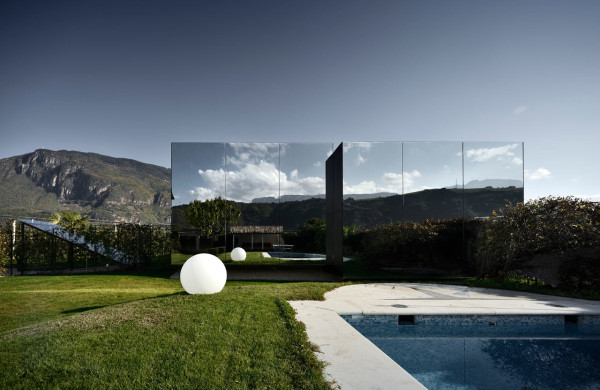 Mirror-Houses-Peter-Pichler-Architecture-11