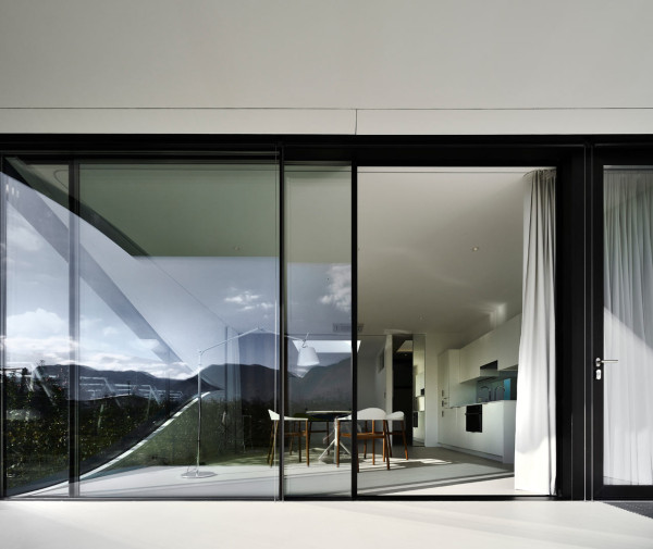 Mirror-Houses-Peter-Pichler-Architecture-2b