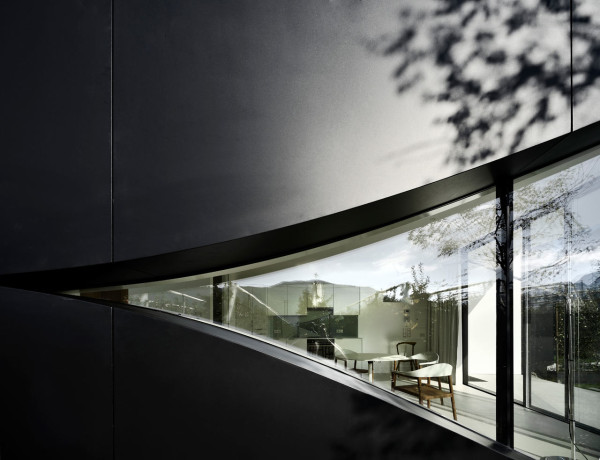 Mirror-Houses-Peter-Pichler-Architecture-3b