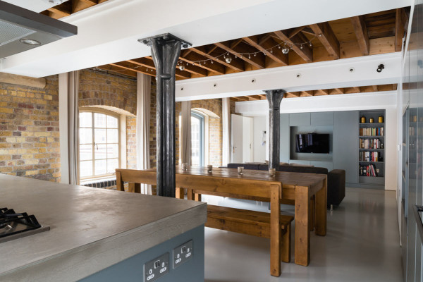 New-Concordia-Wharf-Apartment-Inside-Out-Architecture-2