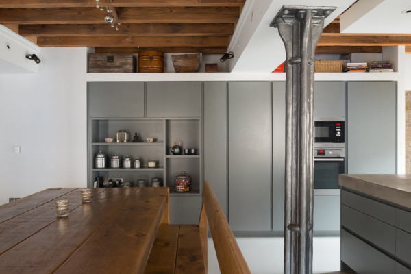 New-Concordia-Wharf-Apartment-Inside-Out-Architecture-3