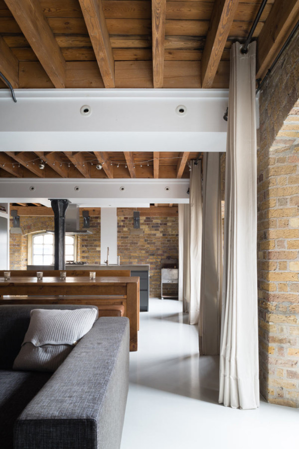 New Concordia Wharf Apartment Inside Out Architecture 5