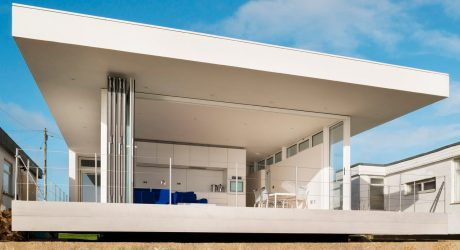 A Simple Beach House in Hayling Island, UK